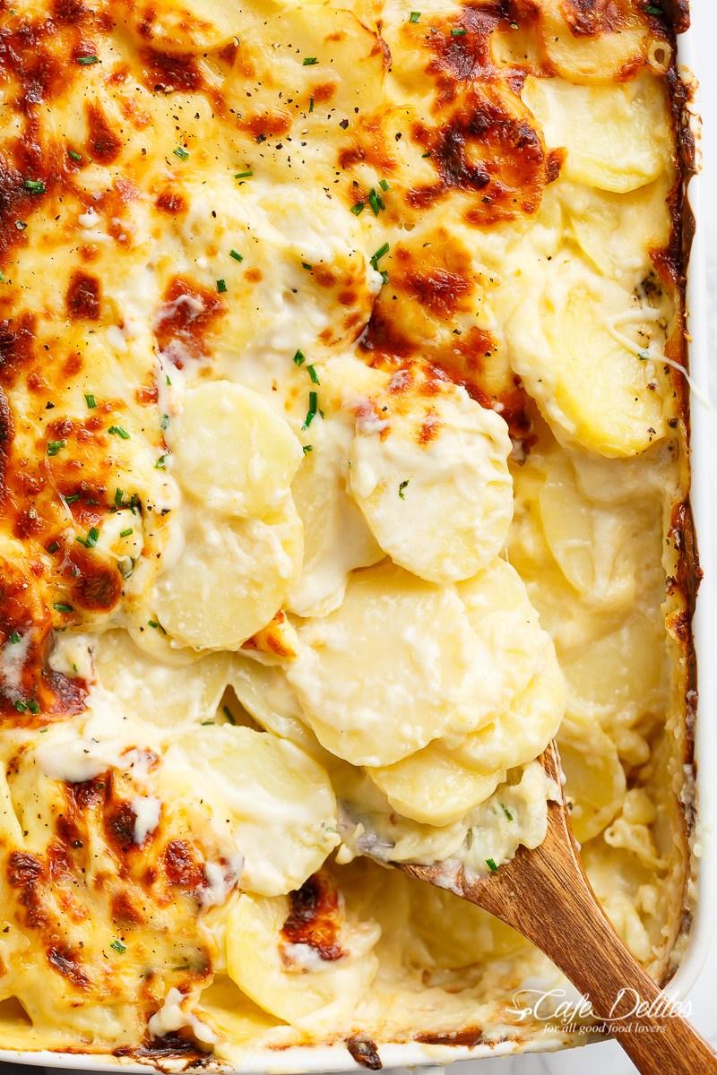 Garlic-Parmesan-Scalloped-Potatoes-17