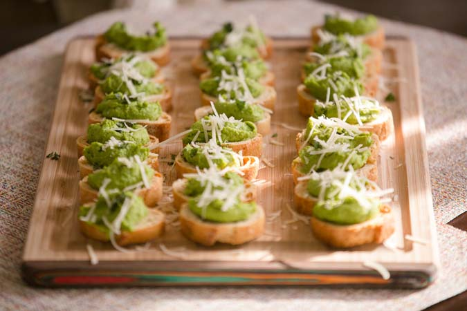 mint and pea crostini