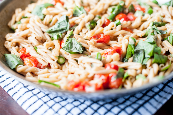 gemelli with asparagus and tomatoes