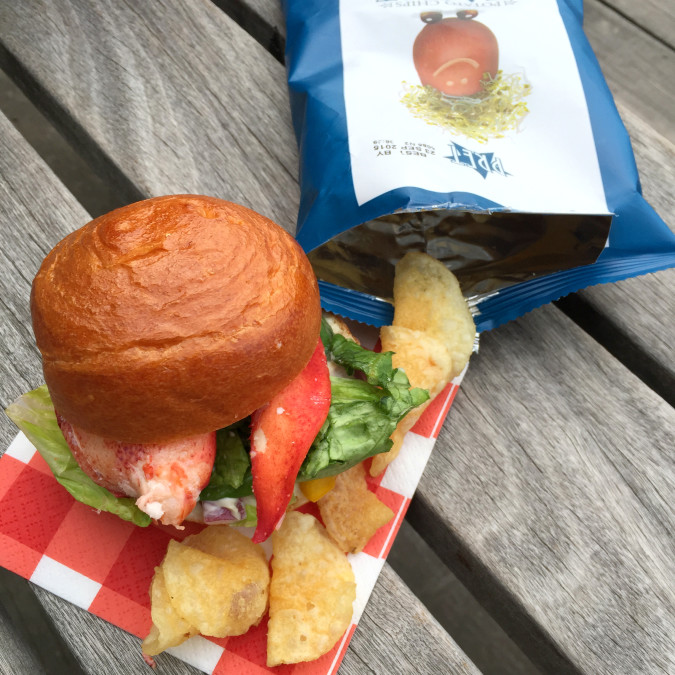 W15-009 Lobster Roll Chips