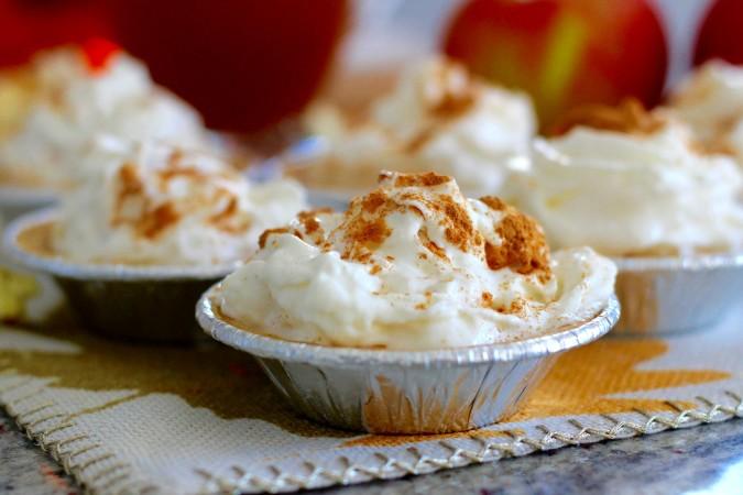 pumpkin pie mini close