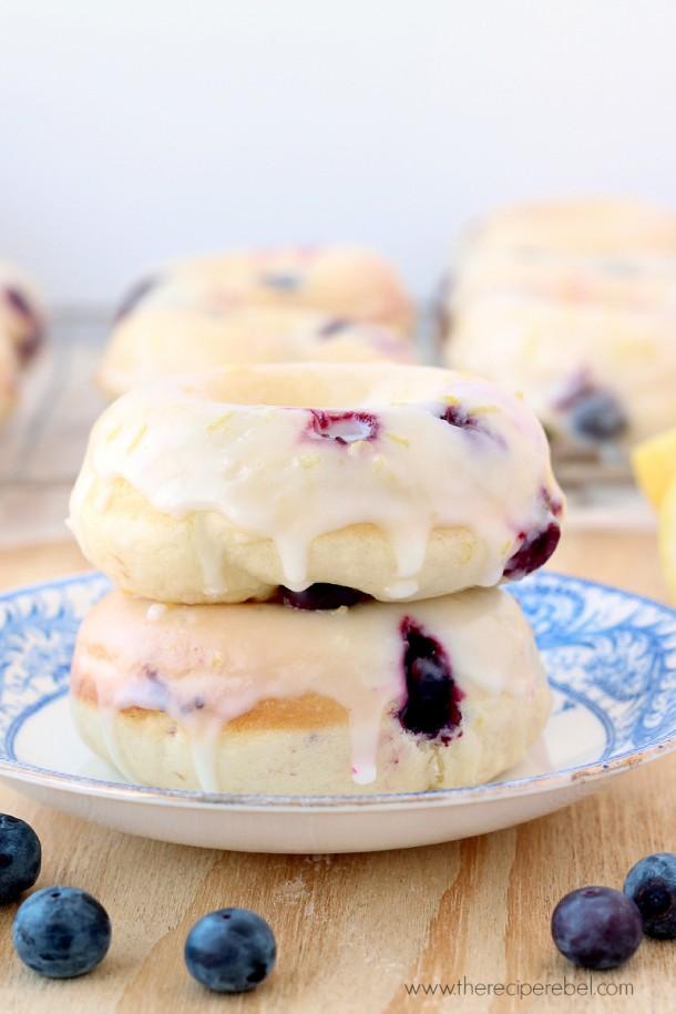 Baked-Lemon-Blueberry-Doughnuts-www.thereciperebel.com-3-610x915