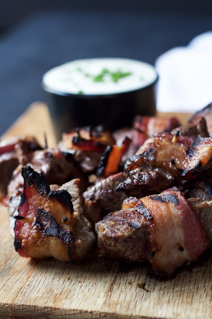 bacon-wrapped-tenderloin-bites-with-creamy-horseradish-sauce-3