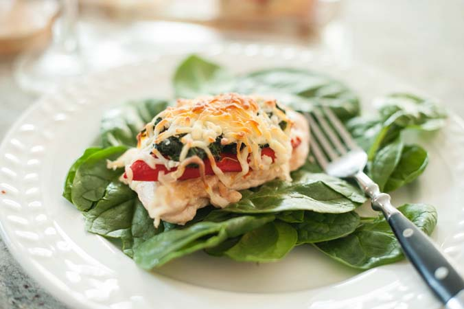 baked chicken with spinach and mozzarella